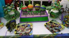 Ninja Turtle cake and cake pops