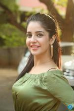 Kashish Vohra Hot Photos At National Silk Expo Launch Side Look Beautiful Girl Indian, Most Beautiful Indian Actress, Beautiful Girl Image, Indian Actress Hot Pics, South Indian Actress, Indian Actresses, Beauty Full Girl, Cute Beauty, Beautiful Bollywood Actress