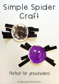 Low prep, simple spider craft for kids!  Easy enough for toddlers and preschoolers from Modern Preschool! Insect Crafts, Bug Crafts, Daycare Crafts, Classroom Crafts, Classroom Ideas, Fall Preschool, Toddler Preschool, Toddler Crafts, Spider Art Preschool
