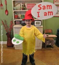 All Things Dr. Seuss-Sam I am Costume - Easy Peasy Pleasy Dr Seuss Diy Costumes, Whoville Costumes, Teacher Costumes, Book Day Costumes, Book Week Costume, Halloween Costumes, Costume Ideas, Halloween Halloween, Vintage Halloween