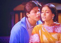 SRK kajol steal kiss (http://24.media.tumblr.com/tumblr_m4pc5jippq1qkdvido1_250.gif)