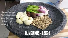 Kuah bakso Kitchen Recipes, Cooking Recipes, Asian Recipes, Healthy Recipes, Unique Recipes, Malay Food, Indonesian Cuisine, Malaysian Food, Cooking Ingredients