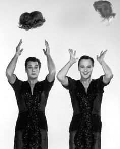 Tony Curtis and Jack Lemmon in a publicity photo for Some Like it Hot.