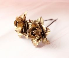 Golden clips, Bridal hair clips, Gold flower clips, Wedding accessory, Rose bobby pins