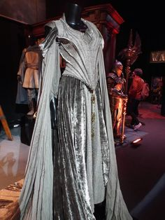 costume appreciation  Taria Wrynn s funeral gown from Warcraft ... fd07e9ae04a8