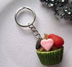Schlüsselanhänger - Praline grün von MaariR auf DaWanda.com