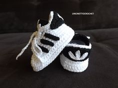 Find pattern here => http://tidd.ly/9f51c140 CROCHET PATTERN Baby crochet adidas-newborn sneakers- booties-baby knitting shoes-baby girl-baby boy-gift