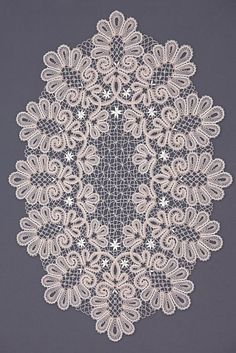 bru Bobbin Lace Patterns, Crochet Doily Patterns, Crochet Chart, Filet Crochet, Irish Crochet, Crochet Doilies, Embroidery Patterns, Antique Lace, Vintage Lace