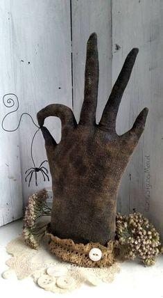 Folky Gloves A Primitive Folk Art Glove Pattern by Primitive Halloween Decor, Primitive Wood Crafts, Primitive Candles, Primitive Stitchery, Primitive Patterns, Primitive Fall, Primitive Folk Art, Diy Halloween Decorations, Halloween Crafts