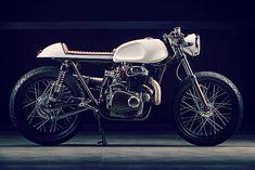 Honda CL350 Cafe Racer by Dia de Los Motos #motorcycles #caferacer #motos | caferacerpasion.com