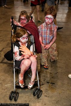 Zombies at San Diego Comic-Con 2013 #SDCC