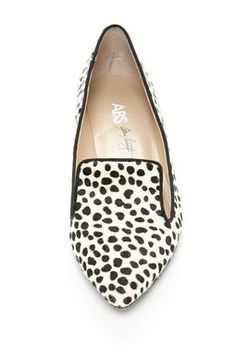 1977dd9b39c603 NEEED!! Love this style and the print! Leopard Print Loafers