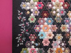 Patchwork Hexagonal, Hexagon Quilt, Millefiori Quilts, English Paper Piecing, Daisy, Quilt Making, Quilting Projects, Quilt Patterns, Applique