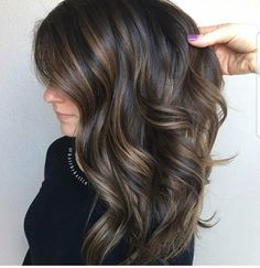 Balayage Ombre Hair Color Ideal For You – Page 18 Brunette Hair Color With Highlights, Brown Hair Balayage, Hair Highlights, Dark Brunette, Dark Hair With Lowlights, Cabelo Ombre Hair, Low Lights Hair, Violet Hair, Brown Hair Colors