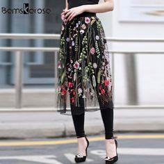 117 mejores imágenes de falda negra  508e445e1b10