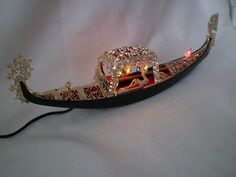 This plastic Venetian Gondola lights up with mini colorful lights plug in In excellent vintage condition Very Kitschy Made In Italy measures long by tall Venetian, Light Colors, Light Up, Italy, Mini, How To Make, Vintage, Jewelry, Souvenir