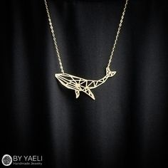 Animal necklace whale necklace geometric necklace gold by ByYaeli - Halskette Cute Jewelry, Gold Jewelry, Jewelry Accessories, Women Jewelry, Unique Jewelry, Gold Bracelets, Dainty Jewelry, Bangle Bracelet, Jewelry Ideas