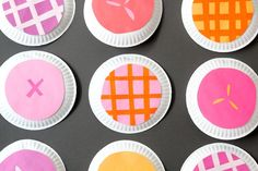 paper plate pie photo booth | you are my fave