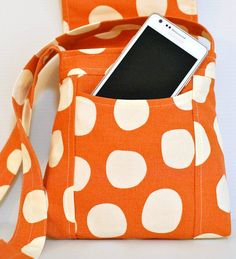 bag tutorial. I really like this shape