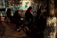 To English-speaking visitors: This post in English http://pavelkosenko.wordpress.com/2012/0 9/02/a-set-of-photographs-by-gueorgui-pi nkhassov/ 1. Предлагаю вашему вниманию мою подборку фотографий Георгия Пинхасова (Gueorgui Pinkhassov),…