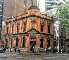 Three Wise Monkeys, Pub Crawl, Small Towns, Colonial, Sydney, Hotels, Australia, Club, Drink