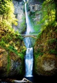 No visit to the Columbia Gorge and the Mount Hood region is complete without a visit to Multnomah Falls