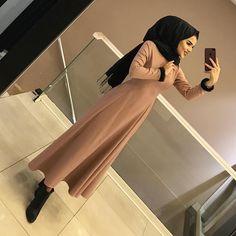 Hijab Chic, Hijab Elegante, Hijab Niqab, Ootd Hijab, Hijab Dress, Hijab Outfit, Abaya Style, Hijab Style, Abaya Fashion