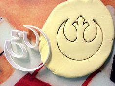 ★ Brand New Cookie Cutter ★      Measurements    3 x 3 Approx.        Other Star Wars cutters can be found here! :)