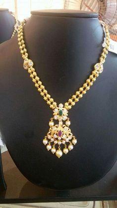 Pearl Necklace Designs, Jewelry Design Earrings, Gold Jewellery Design, Beaded Jewelry, Urban Jewelry, Gold Jewelry Simple, Indian Jewelry, Fashion Jewelry, Lockets