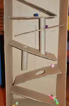 Popsicle Stick Crafts, Craft Stick Crafts, Crafts To Do, Diy Craft Projects, Crafts For Kids, Arts And Crafts, Cardboard Crafts Kids, Cardboard Art, Cardboard Boxes