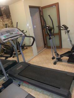 Хотел Драма разполага и с фитнес. Treadmill, Gym Equipment, Treadmills, Workout Equipment