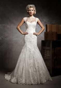 Justin Alexander 8641 wedding dress | lace fit and flare