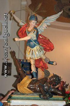 SÃO MIGUEL ARCANJO - igreja - católicos - anjos - tattoo  http://www.arcanjomiguel.net  https://novecoros.blogspot.com.br/   Combatentes SMA - Arcanjomiguel-NET