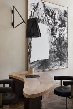 La Maison de Pierre Yovanovitch: interior design as a piece of art - Porcelanosa Lifestyle Magazine Top Interior Designers, Office Interior Design, Office Interiors, Best Interior, French Interior, Pierre Yovanovitch, Design Apartment, Apartment Styles, Elle Decor