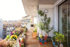 Darf man auf seinem Balkon grillen oder nicht? Dürfen sich die Nachbarn beschweren, wenn draußen geraucht wird? Wir haben die Antworten!