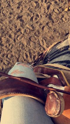 #Caballos #Ride Cowgirl Outfits, Western Outfits, Cowgirl Style, Fotos Tmblr, Barrel Horse, Equine Photography, Cowgirl Photography, Gado, Ranch Life