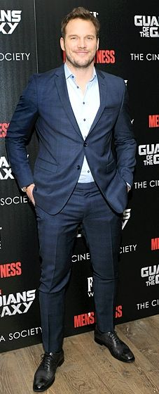 Chris Pratt looked handsome in a Sand Copenhagen suit and shirt at a Guardians of the Galaxy screening. Swoon!