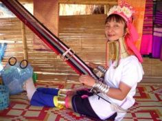 There are three Kayan villages in Mae Hong Son province in Thailand. The largest is Huay Pu Keng, on the Pai river, close to the Thai Burma border. Huai Seau Tao is a commercial village opened in 1995. Many of the residents of Nai Soi Kayan Tayar moved into the Karenni refugee camp in September 2008, but a few families remain there.  http://www.thaitourismguide.com/Product/SightSeeingDetail.aspx?ProductOID=f90135a1-d508-4261-9f74-121730853cdc=10=