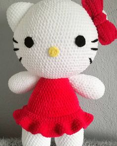 #OliMori #crochet #crocheting #amigurumi #hellokitty #HimalayaDolphinBaby #mascot #szydełko #szydełkowanie #maskotka #maskotkaszydełkowa…