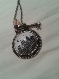 sleepy town pendant