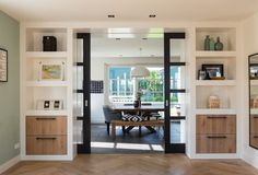 Leading 30 Storage Room Door Ideas to Try to Make Your Room Clean as well as Spacious Living Pequeños, Home Living Room, Style At Home, Room Doors, Home Renovation, Room Inspiration, Family Room, Sweet Home, New Homes