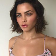 Soft and ethereal on today 🧚🏼♀️ My New Haircut, Jenna Dewan, New Haircuts, Cut And Style, Ethereal, Makeup Looks, Short Hair Styles, Hair Cuts, Curly
