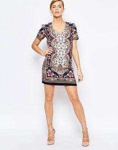 Image 4 ofOasis V-Neck Paisley Print Shift Dress