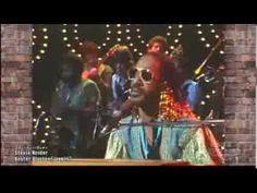 "Stevie Wonder - ""Master Blaster (Jammin')"" from his 1980 album Hotter than July. Live vid."