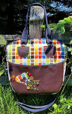 Meet the Maker Love Rubie - Andrie Designs Creative's Tote Paper and PDF bag patterns Handmade tote Reverse Applique, Pdf Sewing Patterns, Bag Patterns, Fabric Glue, Craft Bags, Box Pleats, Free Motion Quilting, Knitted Bags, Large Tote