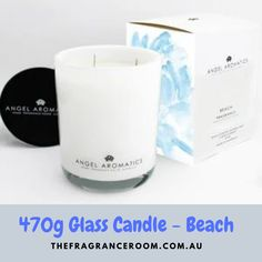 Glass Candle - Beach Perfectly captures the essence of summer, a clean light refreshing scent of the ocean. Grounded with citrus, patchouli & green leaves.