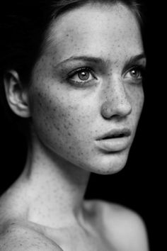 Photography by Josefina Bietti (freckles, lovely freckles ...)