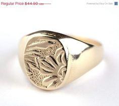 CIJ SALE 15%- 14K Gold Filled Flower etching Signet ring, 14K Gold plated Flower etching Signet ring, Pinkie Seal ring, Free Shipping