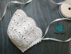 Best 11 Amazing Picture of Baby Booties Crochet Pattern – SkillOfKing. Baby Bonnet Pattern, Crochet Baby Dress Pattern, Crochet Baby Bonnet, Crochet Cap, Booties Crochet, Baby Girl Crochet, Crochet Baby Clothes, Filet Crochet, Baby Booties