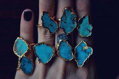 LUX DIVINE /// Turquoise and Gold /// Stackable par luxdivine, $75.00